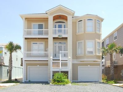 Photo for Gorgeous New Home Directly On The Beach With Panoramic Views