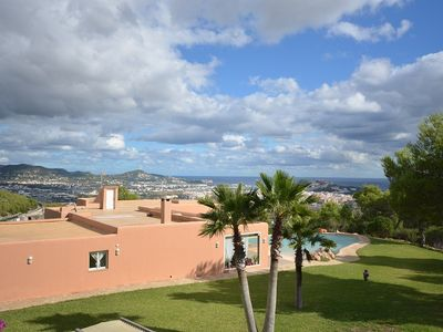 Superb location,privacy at only 5 min from Ibiza T