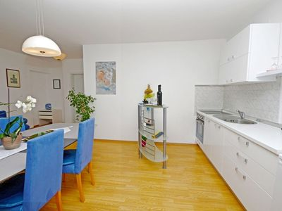 Photo for 1BR Apartment Vacation Rental in Lovran (Opatija)