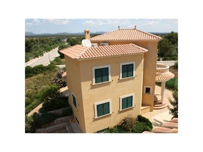 Photo for Beautiful Villa with Pool, Wi-Fi, Terrace and Balcony; Parking Available