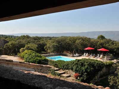 """Photo for Charming property with pool and fitted """"borie"""" in the stunning village of Gordes"""