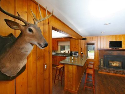 Photo for Multi Family Lodge-Walk to Lake, 5 min. to Casinos/Heavenly-HotTub-GameRoom-WiFi