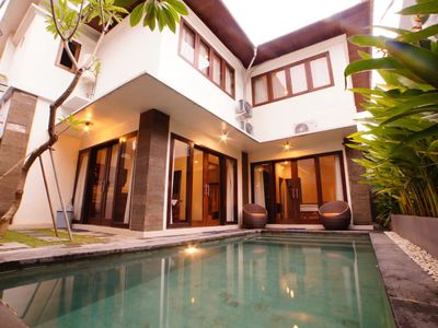 Photo for 3 Bedrooms Villa with Private Pool, 5 Minutes Drive to Central Seminyak