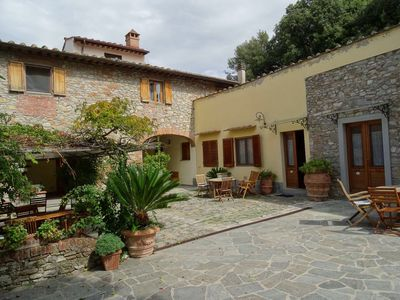 Photo for Three-room apartment, 80 square meters, 5/7 persons with swimming pool, 8 km from the center of Florence