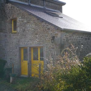 Photo for Small cottage-cocoon ideal for 2 people between Rennes and Saint-Malo