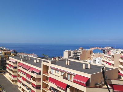 Photo for Apartment with pool, sea views and La Gomera FREE WIFI