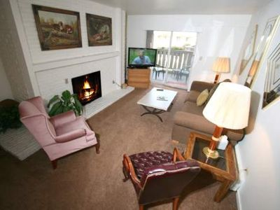 Photo for 2-Bed Vail Village Hot Tub and Pool Walk To Lifts
