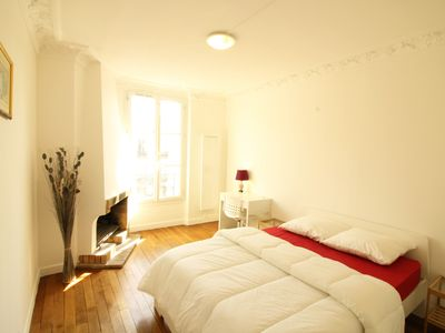 Photo for Beautiful Sunny Apartment in Front of Metro