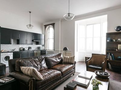Photo for Traditional Stylish 1BR near Hyde Park
