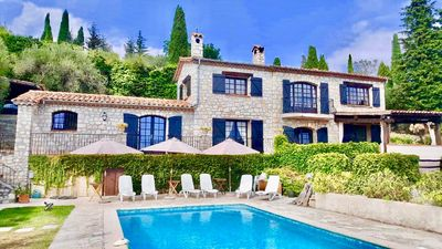 Photo for Beautiful Stone Bastide with panoramic sea view, facing south
