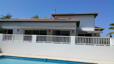 Photo for House close to golf and beach, with swimming pool bowling, ping-pong, for 6 to 14 people