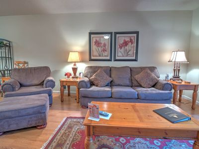 Photo for Sleeps 6, Prime Spot in Town, Free Ticket to the Aquarium