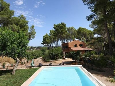 Photo for Very Spacious and Comfortable Country House with Air-Conditioning and Private Pool!