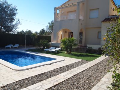 Photo for Nice 3 bedrooms villa with air-cond for family time