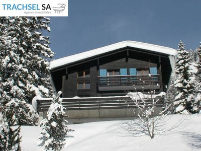 Photo for Big chalet (max 15 pers.)with double garage. 7 bedrooms, 4 bathrooms/WC, living/dining room with fir