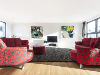 Photo for Oval Road III - luxury 2 bedrooms serviced apartment - Travel Keys