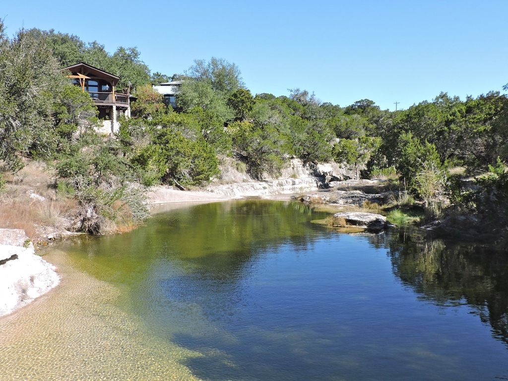Texas Hill Country Gem On Lone Man Creek N Vrbo