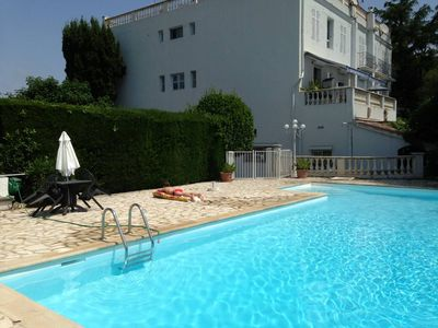 Antibes, FR holiday lettings: Houses & more | HomeAway