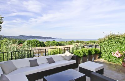 Photo for Luxury Apartment with panoramic sea view in the Golf of St. Tropez