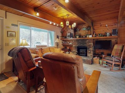 Photo for NEW LISTING! Rustic house with WiFi,  stove, patio, heater. Close to slopes!