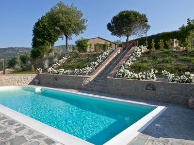 Photo for 2 bedroom Villa, sleeps 4 in Metelliano with Pool, Air Con and WiFi