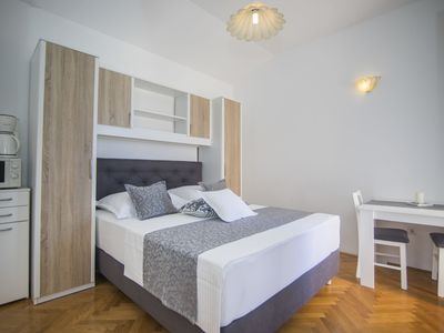 Photo for Apartments and Rooms KAPULICA (65711-A4) - Tucepi