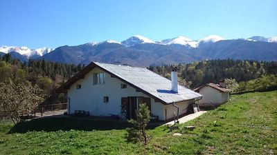 Photo for Charming Chalet wth Amazing Mountain VIews for 15 People Near Bansko