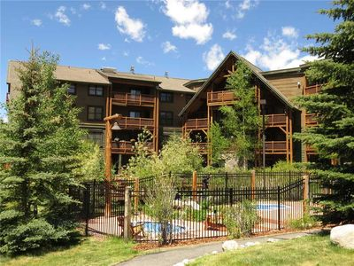 Photo for Walk/Shuttle to Keystone Resort from this Ground Floor Tenderfoot Lodge Condo, On Rec Path, River