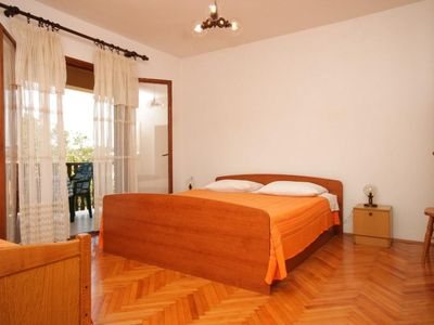 Photo for One bedroom apartment with balcony and sea view Sali, Dugi otok (A-454-c)