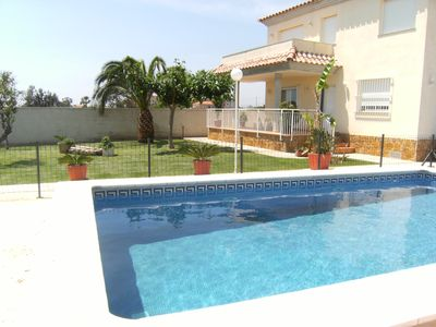 Photo for CHALET WITH PRIVATE POOL 10 PEOPLE 800 M. VINAROZ BEACH