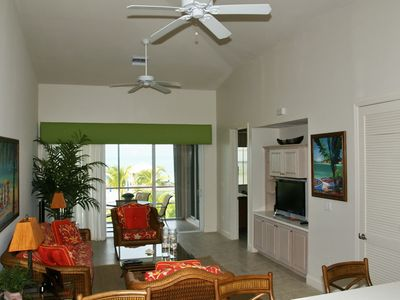 Photo for Kellie's Cool Condo - Sleeps 8 guests on the Beach - 7th Night FREE!