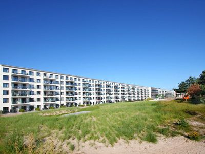 Photo for APS08: beachfront, terrace, swimming pool, sauna, Wi-Fi - Apartment Prora Solitaire