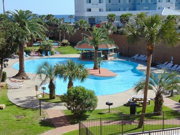 Sunfish Paradise - Over Largest Pool On Galveston Island! Come Stay With Us