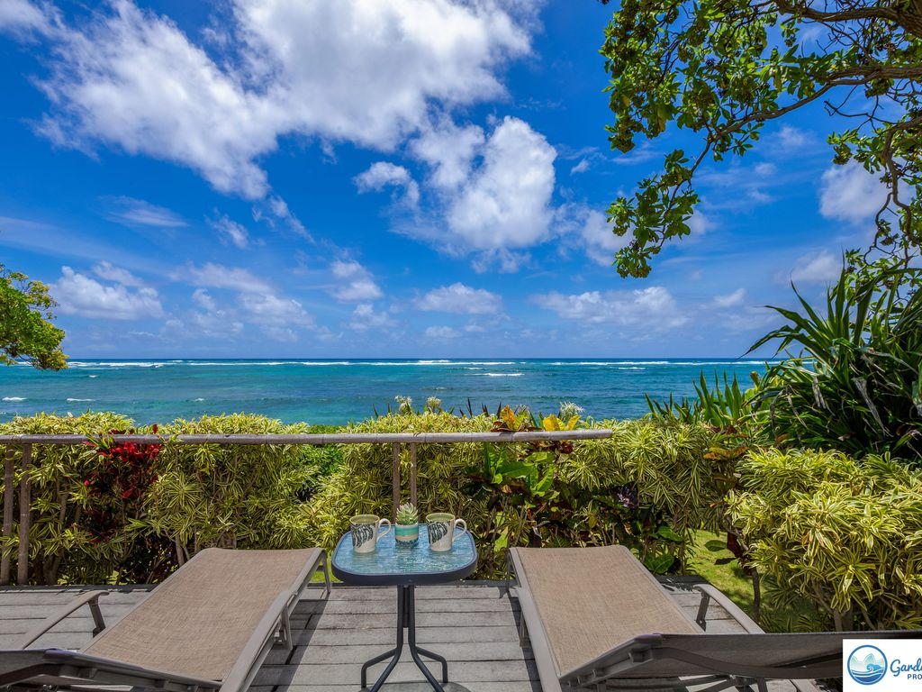 NIULANI OCEANFRONT BEACH HOME BUNGALOW COTTAGE WALK TO