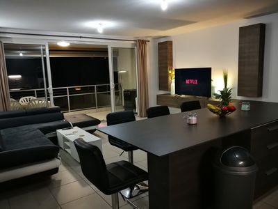 Photo for Welcome to an Elegant 95m2 two-bedroom apartment in Papeete