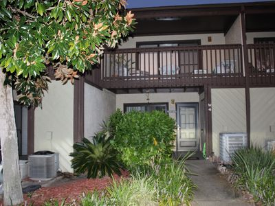Photo for Fantastic Resort! Cute Unit! Minutes From the Beach!