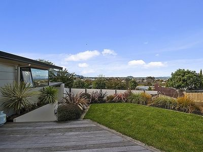 Photo for Nukuhau's Nest with Spa - Taupo Holiday Home