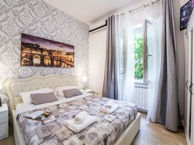 Photo for GREAT DEAL ! VATICAN SPACIOUS 2-BEDROOM FLAT