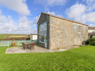 Photo for THE BARN, pet friendly, with a garden in Gunwalloe, Ref 959126