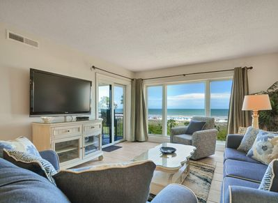 Living Room with Oceanfront Views at 409 Shorewood