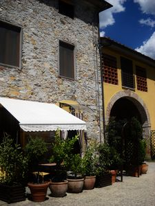 Photo for No Car required, Lucca 5 min. walk to train /shops, Aircon, Wif
