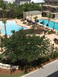 Photo for Charming 1 Bdm Flat Between Rosemary And Alys Beach. not a studio -4:00 check in