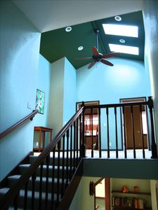 Atrium surrounded by 4 indiginous bird theme suites with private showers!!