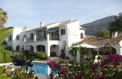 Photo for Apartment in a finca between sea, mountains and vineyards