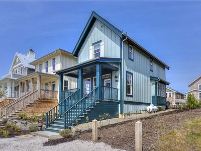 Photo for 18 Summers: 3 BR / 2.5 BA seabrook in Pacific Beach, Sleeps 6
