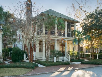 Photo for Montage |Palmetto Bluff|FULL AMENITIES|Two Master Suites|Inviting Outdoor Space