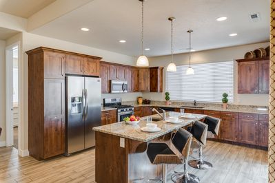 Kitchen - - Fully stocked kitchen with appliances and utensils