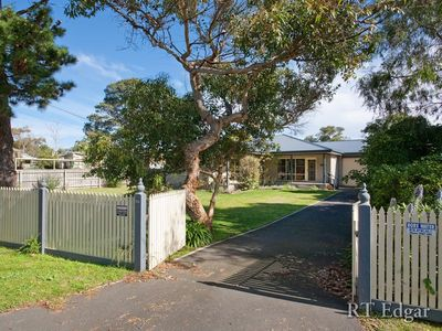Photo for Glen Esk - walking distance to the beach