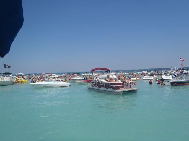 Torch Lake Sandbar Cottage Weekly July Mid Aug June Late Aug 2 5 Ngt Please Ask Rapid City