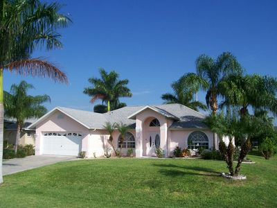 Photo for Beautiful villa w/heated pool and palm garden